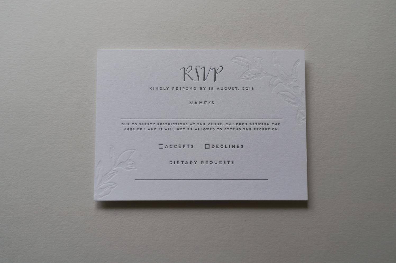 letterpress-invitations-gmund-blind-impression-floral